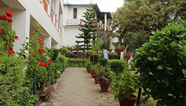 Hotel Maya Regency, Bhimtal- Inside Lawns